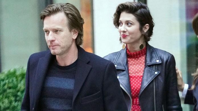 Ewan McGregor y su nueva novia, Mary Elzabeth Winstead, en New York