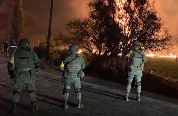 Se registró una explosión de una toma clandestinaen Hidalgo (FOTO: SEDENA)