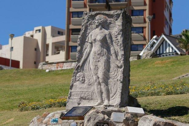 El monumento a Alfonsina Storni en La Perla