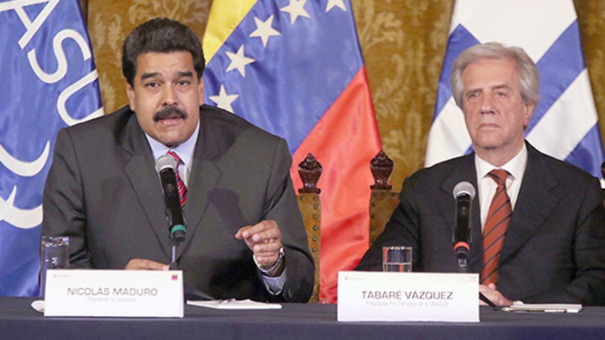 Nicolás Maduro junto a Tabaré Vázquez