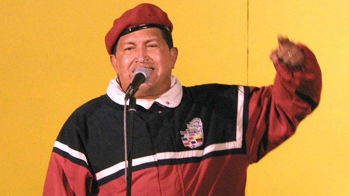 Hugo Chavezen abril de 2002, días antes del golpe que trató de derrocarlo(AFP PHOTO/Juan BARRETO)
