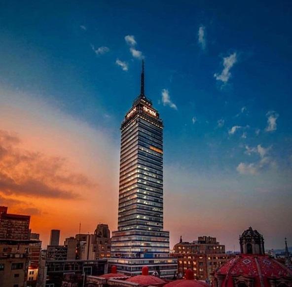 La Torre Latinoamericana cuenta con 4 miradores (Foto: Instagram)