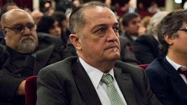 El juez Luis Rodríguez (Adrián Escandar)