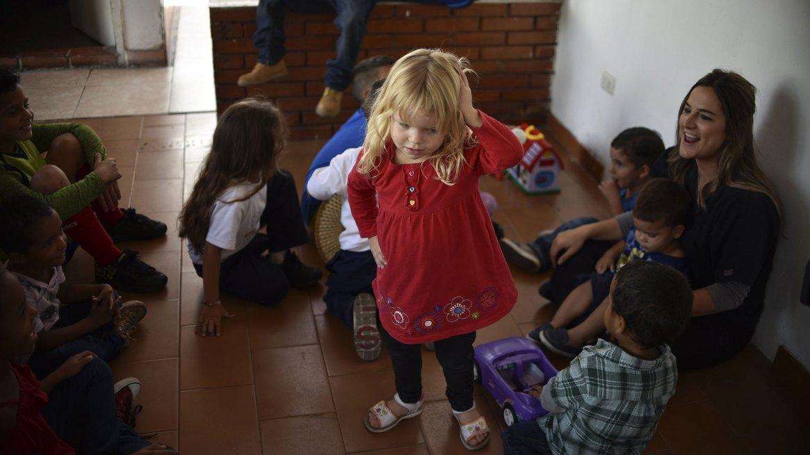 Maduro no deja ingresar la ayuda humanitaria (AFP)