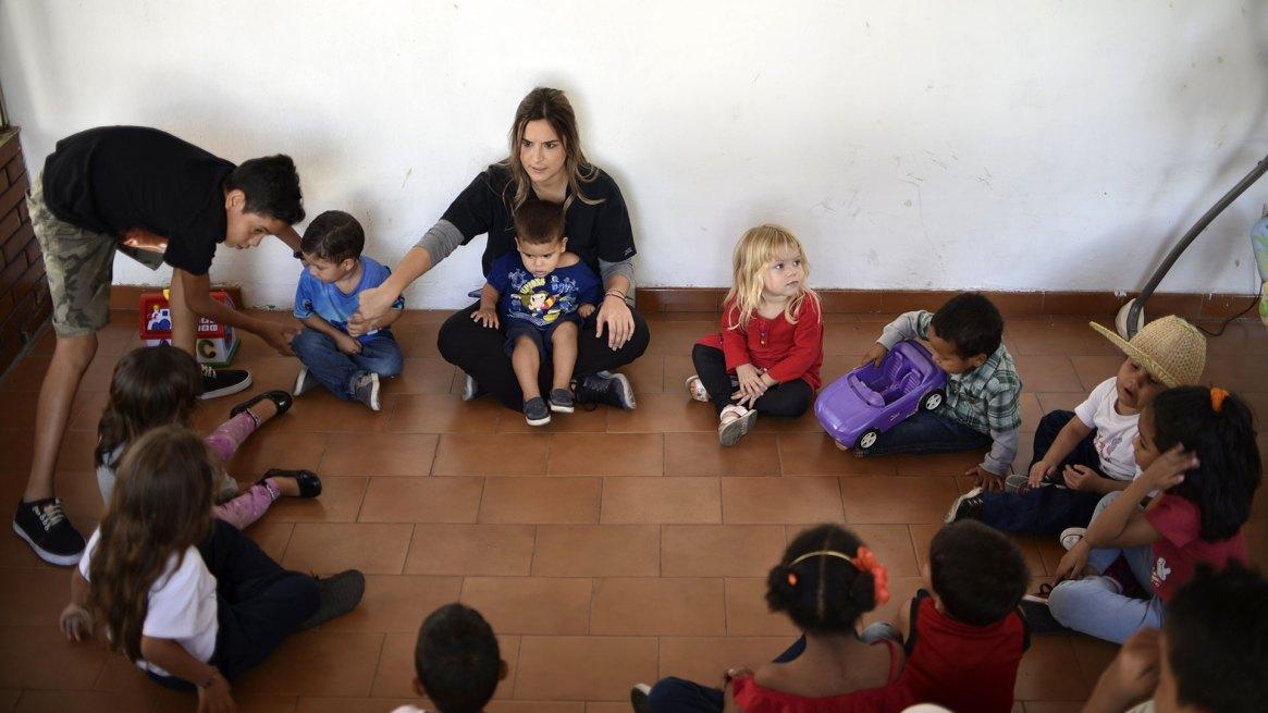 Un grupo de niños en edad de jardín de infantes (AFP)