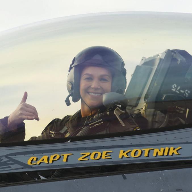 Zoe Kotnik duró dos semanas en el cargo. (Foto: Especial)