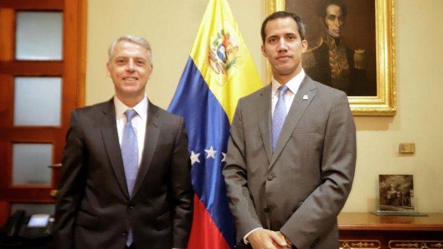Juan Guaidó junto a Eduardo Porretti