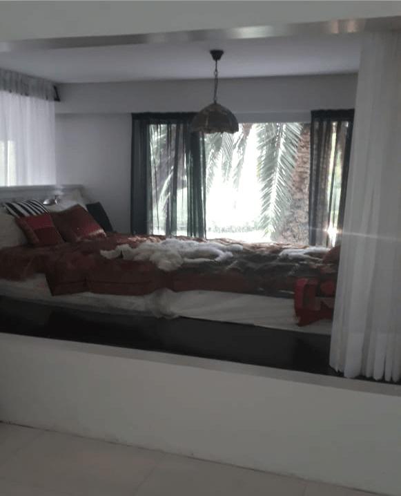 Natacha fue hallada muerta en esta habitación del salón Xanadu Eventos, ubicado en Villa La Ñata (Benavidez).