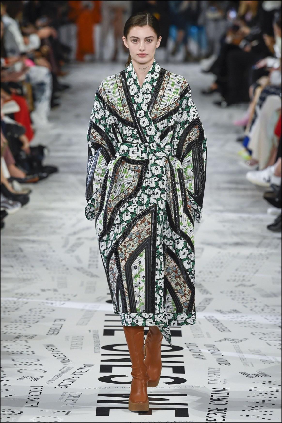 La creatividad de Stella en estos abrigos estilo kimono.