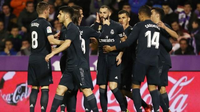 El Real Madrid se ubica tercero en la tabla a 14 puntos del líder, Barcelona(Reuters)
