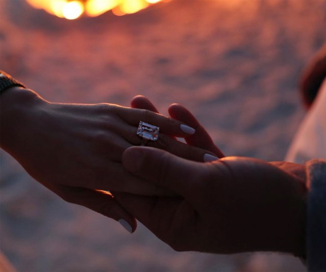 El anillo de compromiso que le obsequió Alex Rodriguez a JLo