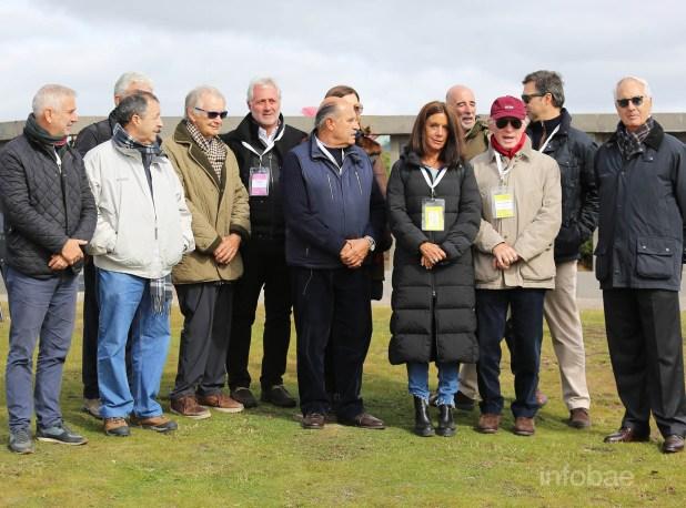 Roberto Curilovic, Carolina Barros junto a quienes hicieron posible este viaje