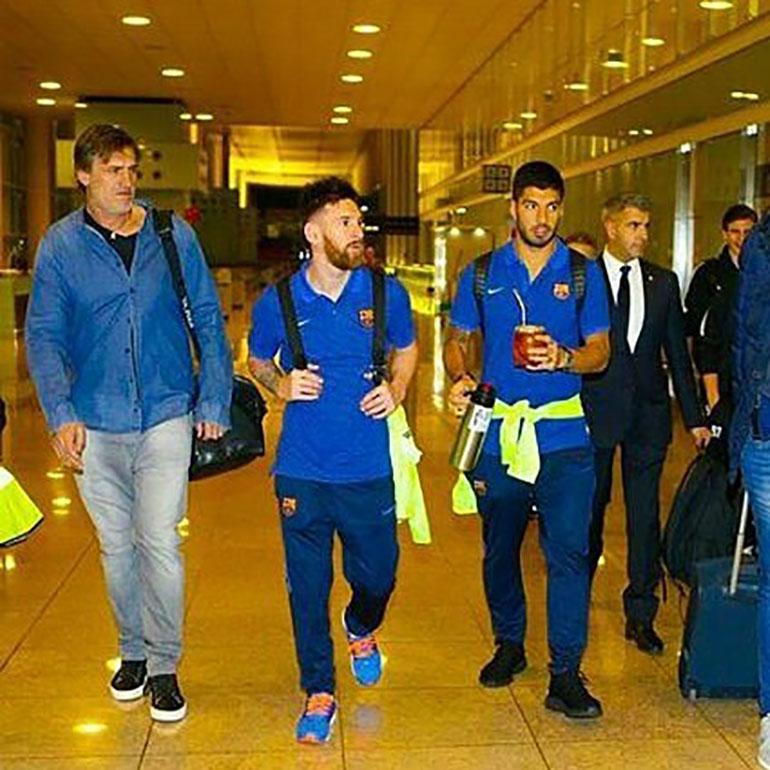 Messi, Luis Suárez y Pepe Costa (a su derecha) en el pasado