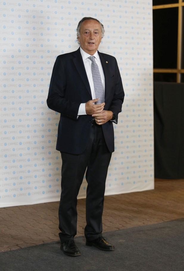 El presidente de la UIA, Miguel Acevedo
