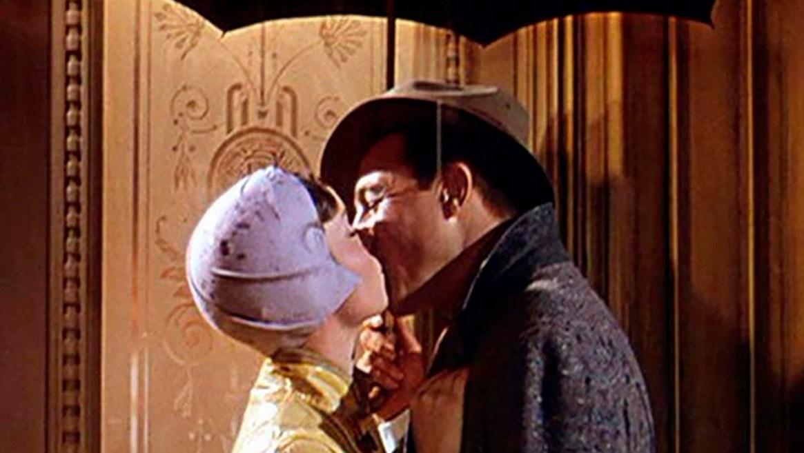 El beso musical en cantando bajo la lluvia: Gene Kelly