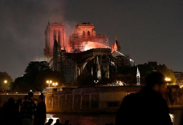 España revisará la seguridad de sus monumentos tras el incendio en Notre Dame(REUTERS/Benoit Tessier)