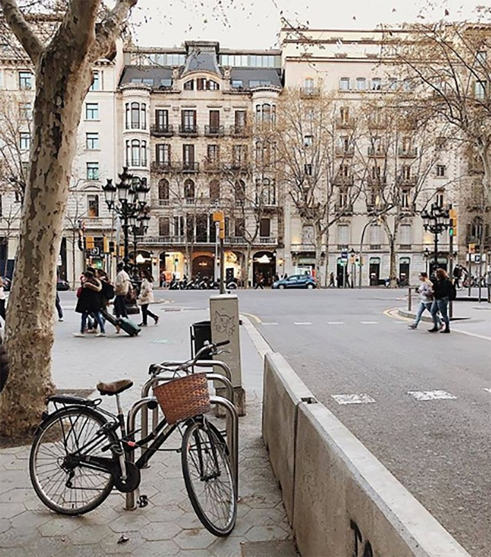 """Barcelona, """"una ciudad para tocar"""" (@visitbarcelona)"""
