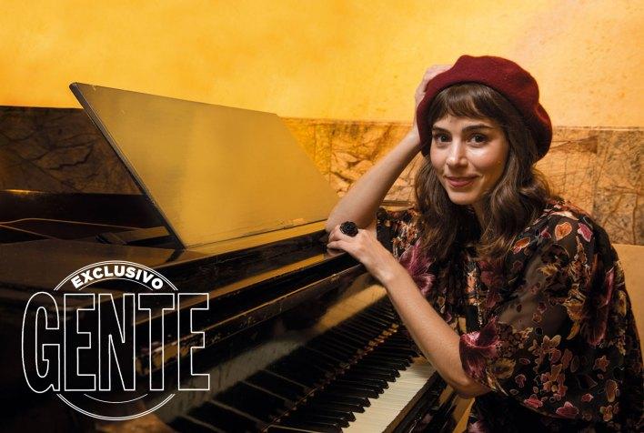 Paula debió aprender a tocar el piano para adueñarse del papel en Once, una vez en la vida. Foto: Fabián Uset/GENTE