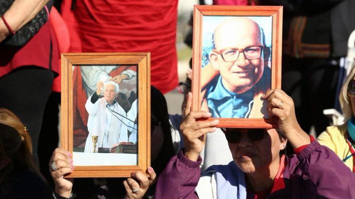 Una multitud asistió al Parque de la Ciudad de La Rioja para presenciar las beatificaciones (@GabiMichetti1)