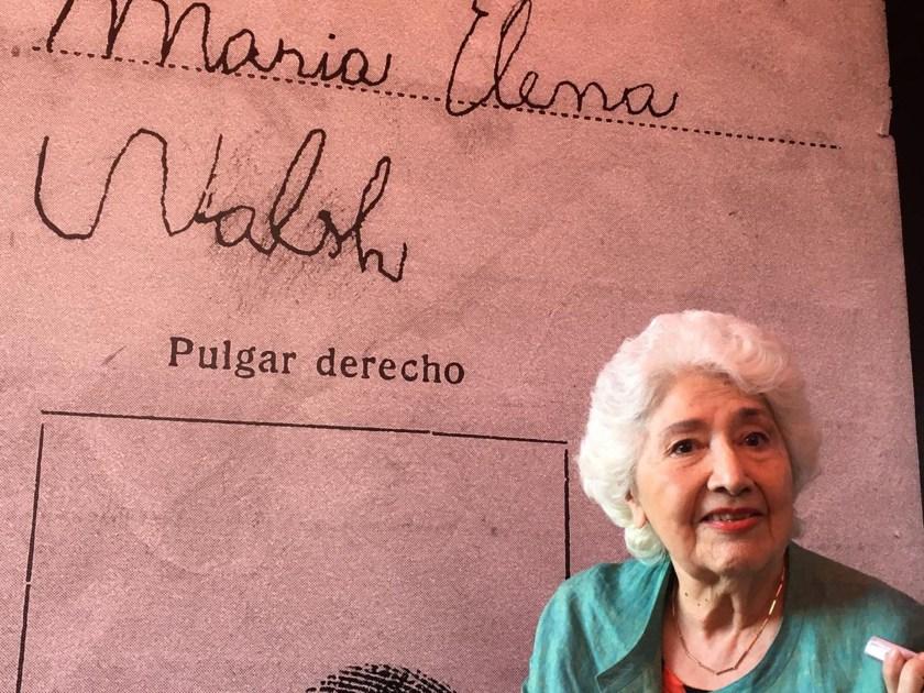 Facio recorrió el espacio que le rindió homenaje a María Elena Walsh (Juan Batalla)
