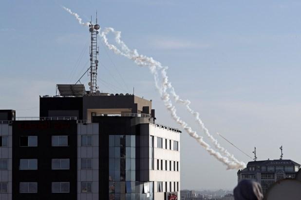 Cohetes lanzados desde Gaza a Israel. (REUTERS/Mohammed Salem)