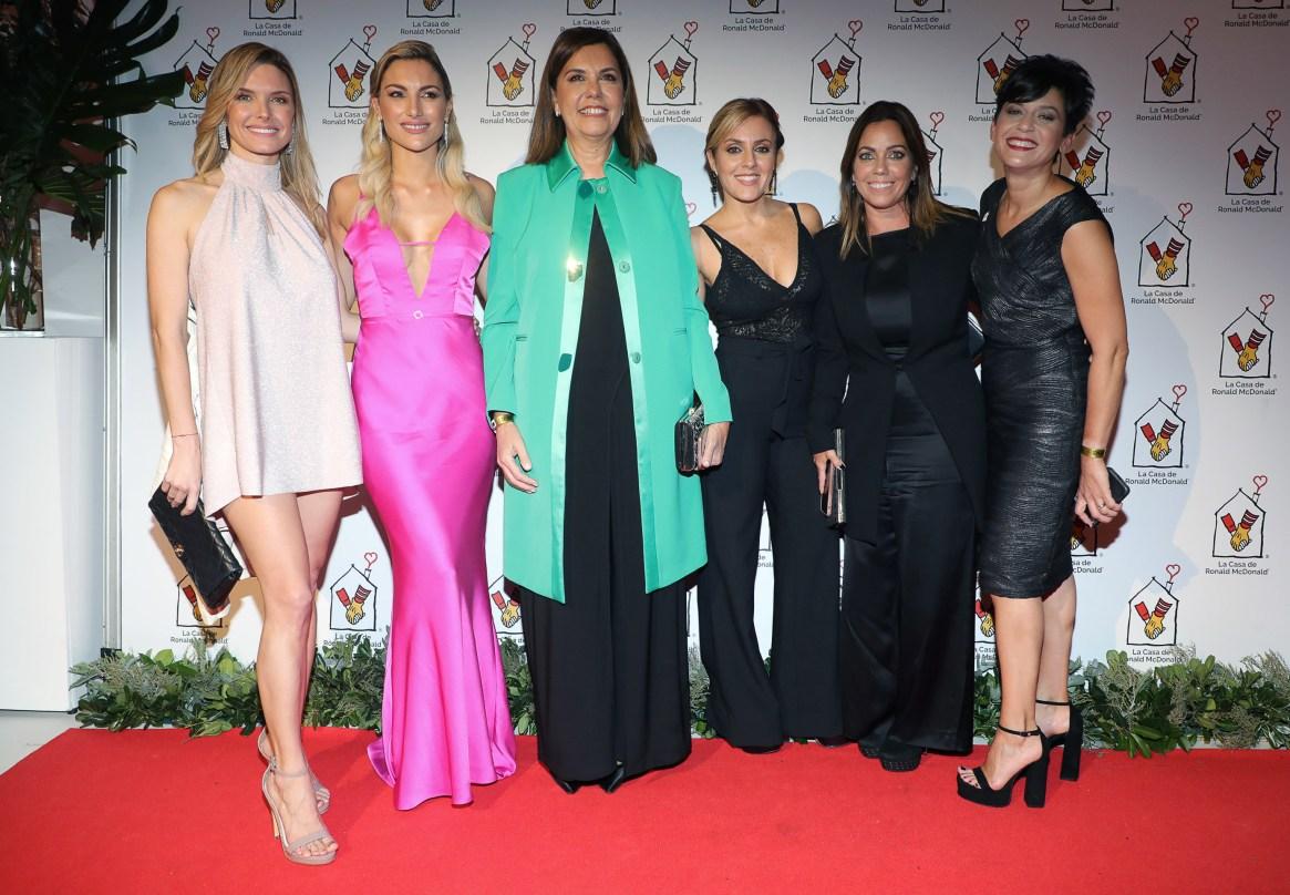 Sofía Zámolo, Sofía Macaggi, Liliana Parodi, Cora Debarbieri, Pía Shaw y Guillermina Lazzaro