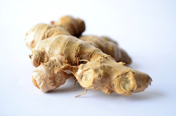 ginger skin Natural Treatment For Heel Spurs + Ayurvedic Home Remedies