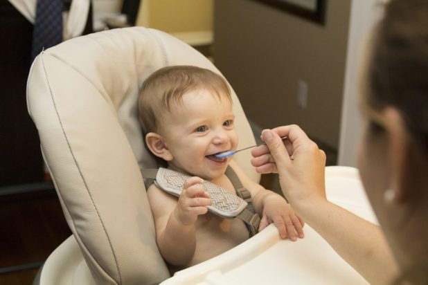 weaning babies - first food