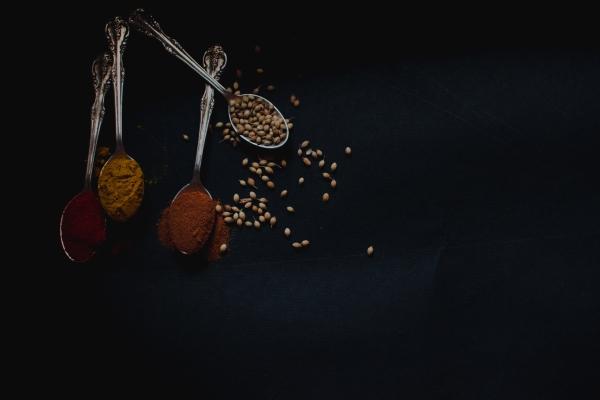 Cinnamon Ayurveda home remedies, cinnamon home remedies, cinnamon remedies.