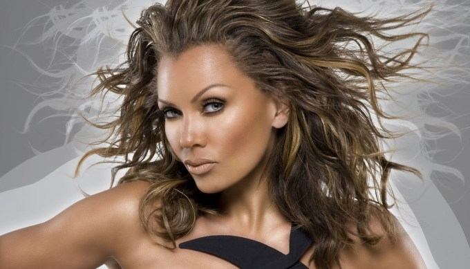 getting ready to chat with vanessa williams in niagara falls
