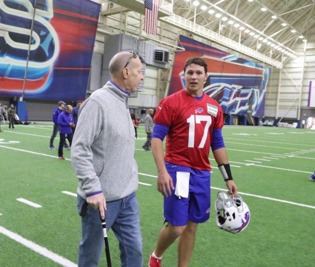 Bills Hall Of Famer Jim Kelly Talks To Quarterback Josh Allen At Rookie Minicamp