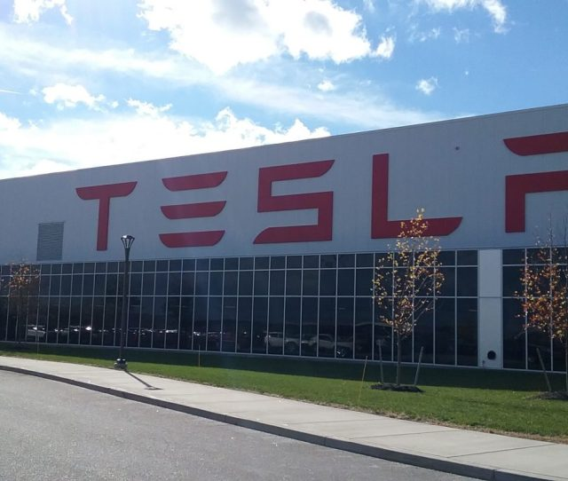 Tesla Says 400 People Are Working At The South Buffalo Factory Matt Glynn