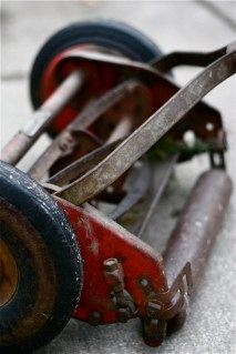 reel-mower-back