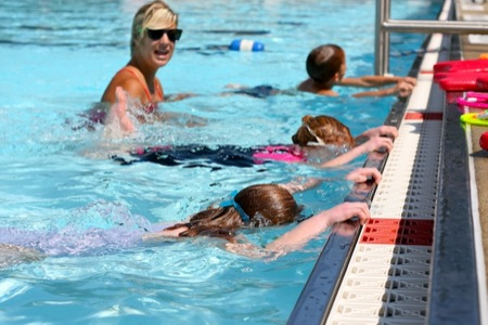 Swimming_Lessons