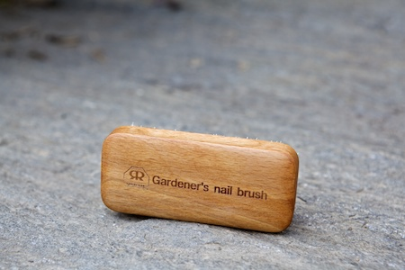 gardeners nail brush 3
