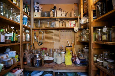 pantry cleaning 3