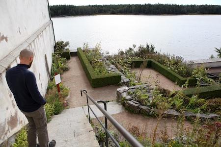 lacko-slatt-upper-garden-4