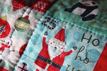 christmas-advent-pillow-5