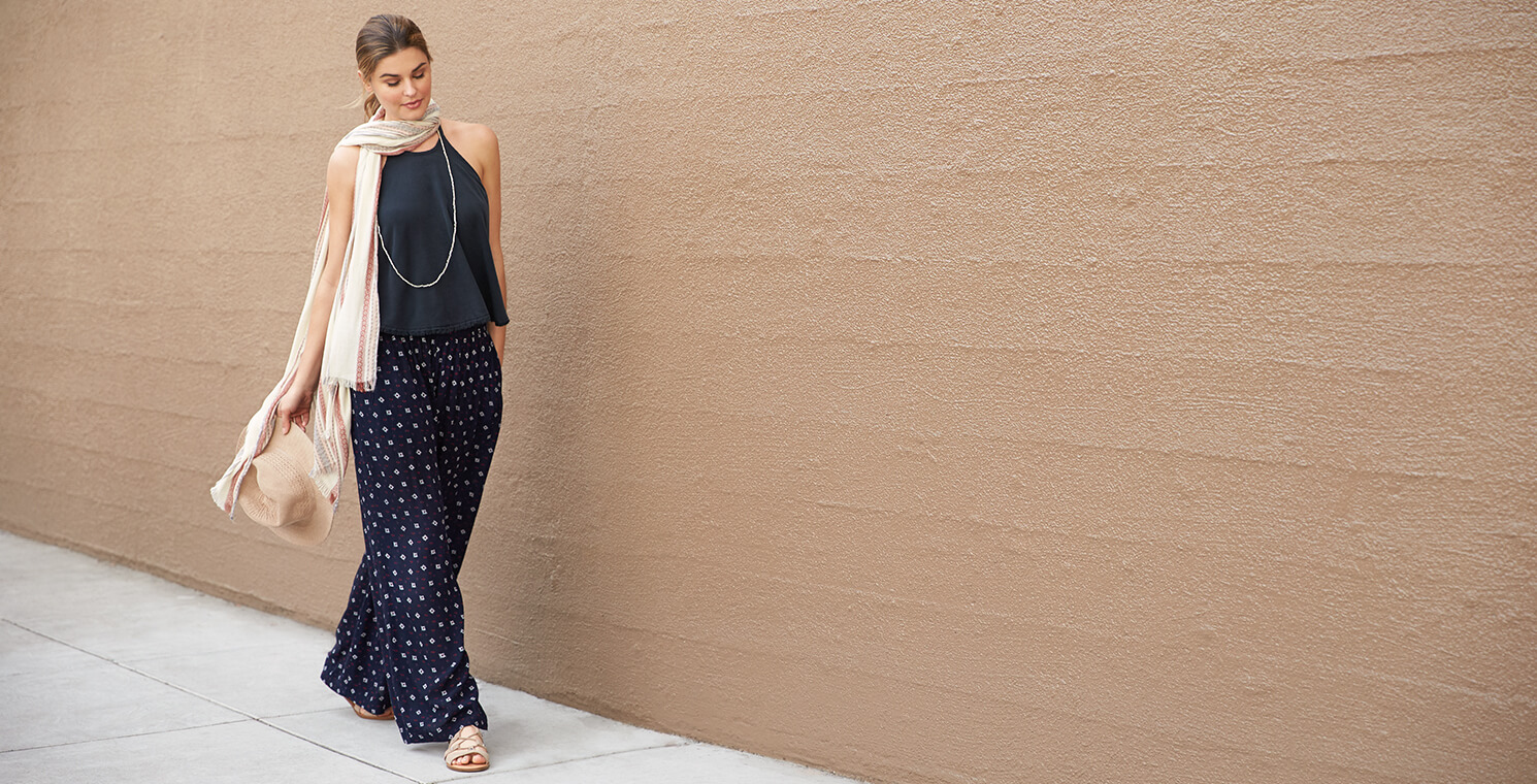 What Do I Wear With Palazzo Pants?