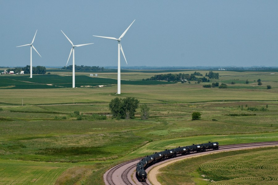 Renewable Energy   Iowa Lakes Electric Cooperative Iowa Lakes Electric Cooperative developed a wind farm that began generating  energy in March 2009  It includes 14   1 5 megawatt G E  turbines serving  Green