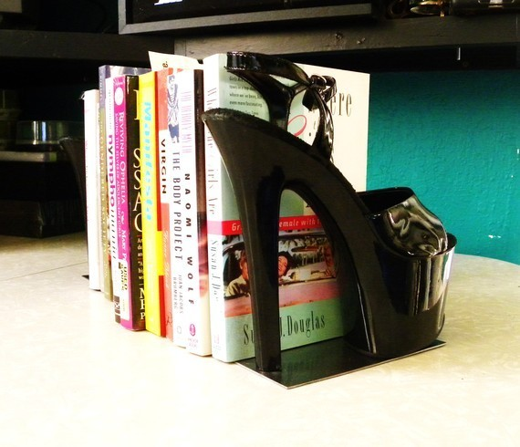 repurpose old dance shoes for a sexy new pair of bookends