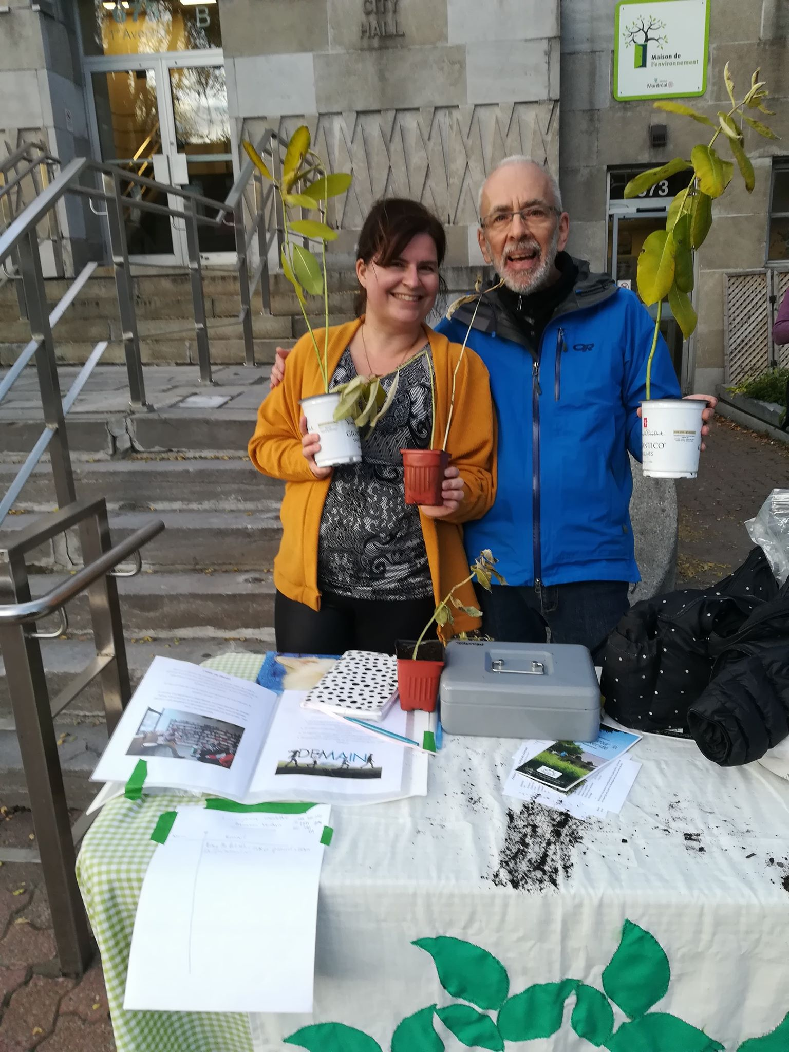 Encourager la biodiversité chez soi en vendant des asclépiades