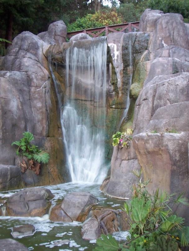 Waterfall in GGP