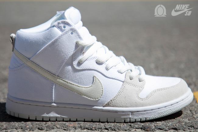 Nike Dunk Haut Sommet Blanc à bas prix autorisation de sortie parfait jeu 2014 unisexe rabais 27xQOTt
