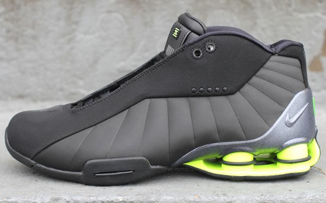 Nike Shox BB4 | Black / Volt