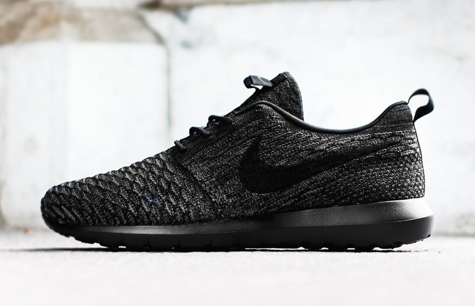 Nike Roshe Course Flyknit Noir Anthracite Acheter pas cher la sortie fiable réduction authentique p7QnSUroG6
