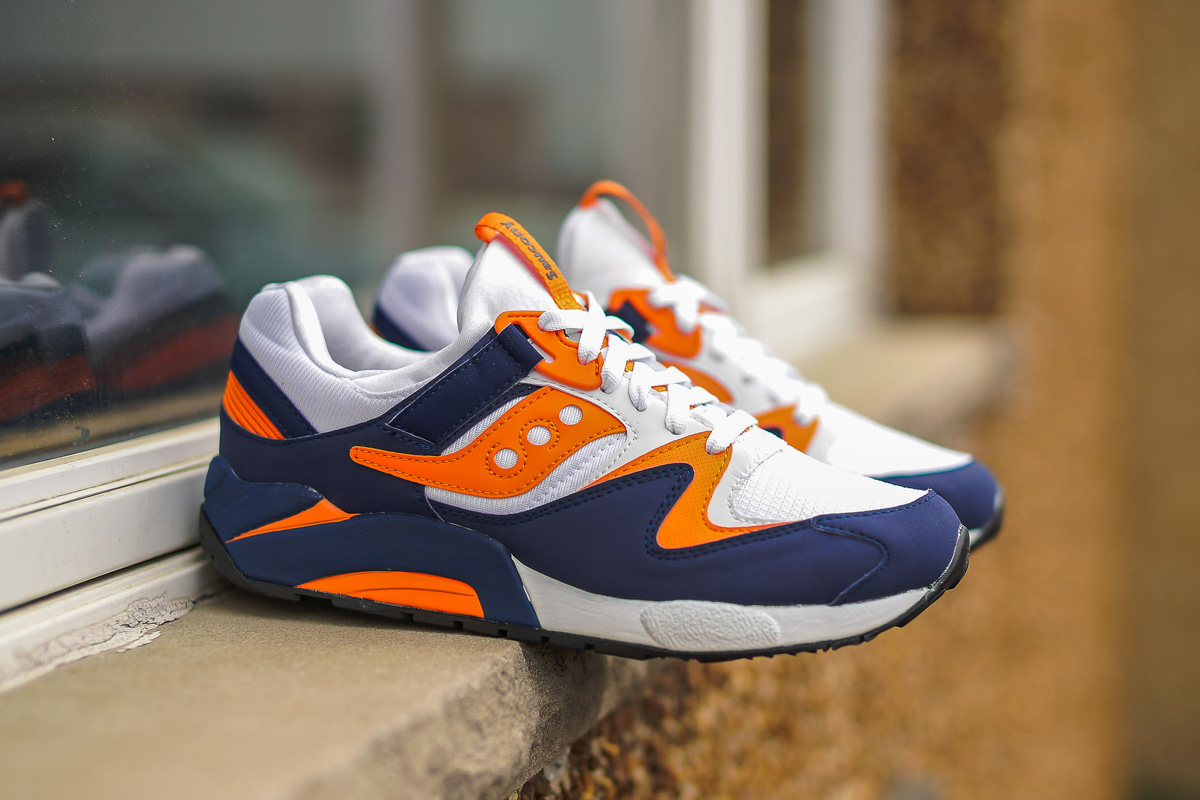 blue and orange saucony