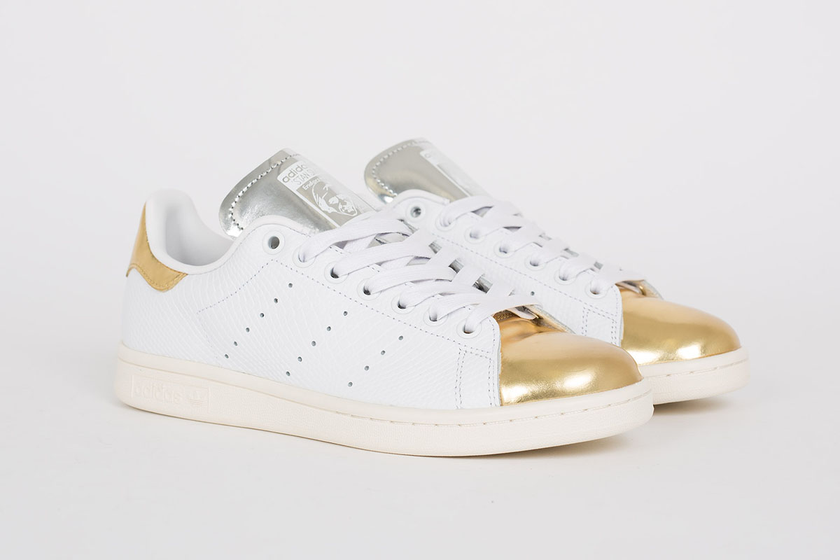 low priced 4e4d9 aa60e ... gold white leather snake print adidas shoes adidas Stan Smith ...