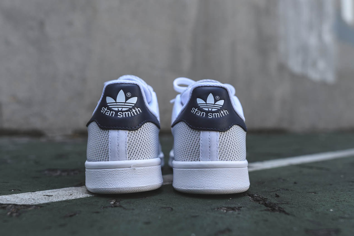adidas originals stan smith white navy