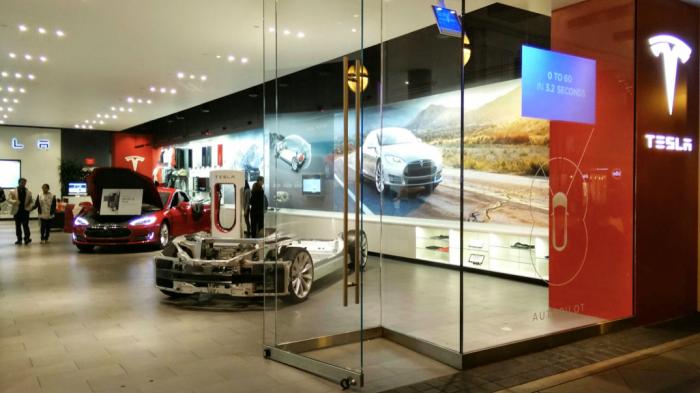 Entrance Tesla Store